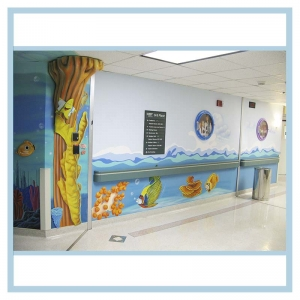 pediatric-entrance-mural-3d-fish-healthcare-art-hospital-design-waves-in-hallway
