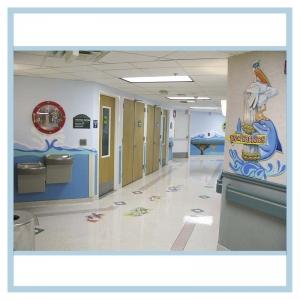 pediatric-entrance-mural-3d-fish-hospital-signage-floor-decals-porthole-frame