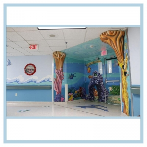 peds-entrance-ceiling-painting-3d-fish-hospital-art-healthcare-design-coral