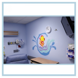 wall-decal-fish-hospital-art-healthcare-design-same-day-surgery