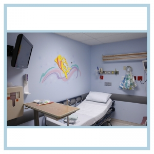 wall-stickers-decals-fish-art-hospital-design-same-day-surgery-artwork-fish-showing-compassion=swirls