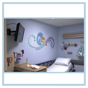 wall-stickers-decals-fish-art-hospital-design-same-day-surgery-artwork-nurse-helping-fish-patient-room