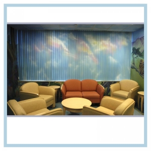 painted-blinds-airbrushed-clouds-on-vertical-blinds-hospital-art-murals-healthcare-design