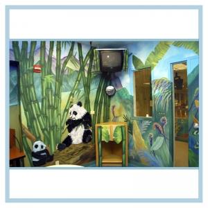 panda-rainforest-room-hospital-art-healthcare-design-pediatrics-unit-artwork