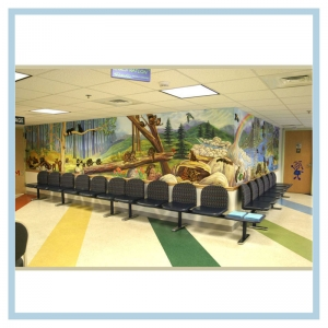 forest-theme-hospital-art-healthcare-design-3d-mural-with-52-animals