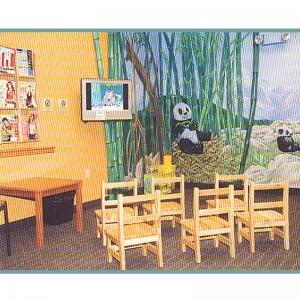 childrens-play-area-panda-bears-mural-pediatric-clinic