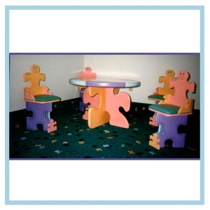 jiigsaw-table-and-chairs-custom-design-for-hospital-environments