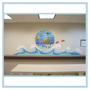 3d-fish-underwater-mural-with-diver-waves-hallway-art-healthcare-design