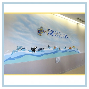 3d-fish-wall-mural-healthcare-design-hospital-art-plane-flying-banner