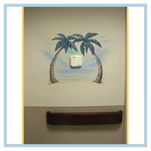 hospital-design-tropical-underwater-theme-healthcare-art-palm-trees