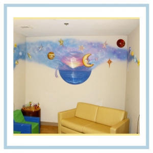 space-theme-waiting-room-in-hospital-moon-and-planets-healthcare-design-art-murals