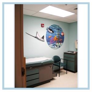 3d-mural-terns-flying-over-ocean-mural-hospital-art-healthcare-design-tropical-fish-stingray
