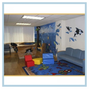hospital-design-pirate-ship-tropical-underwater-theme-healthcare-art